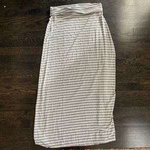 J. Crew Gray and White Maxi Skirt. Size Small